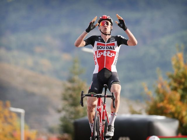 Tim Wellens wins stage 5 in Vuelta a España and extends his contract